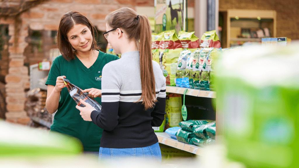 Arbeiten im Dehner Garten-Center und im Bereich Tiere zu Hause