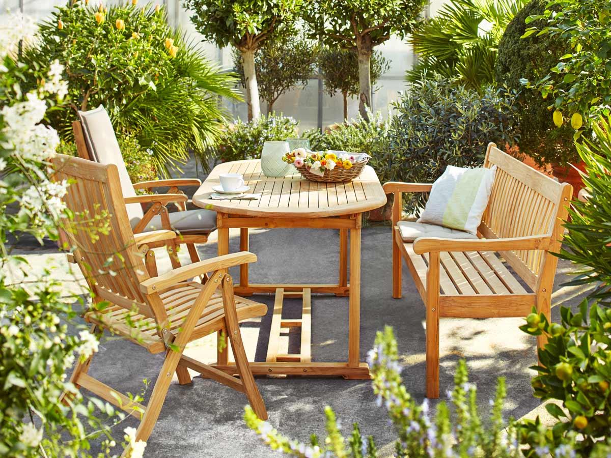 Ob Robust, Klassisch Oder Romantisch Verspielt   Gartenmöbel Zeigen Sich  Auch Mit Einem Minimum An Pflege Von Ihrer Besten Seite.